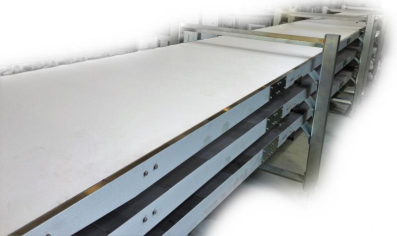 LIFO Buffer recibe y almacenar en espera las filas de productos no tomados por la línea de envasado.